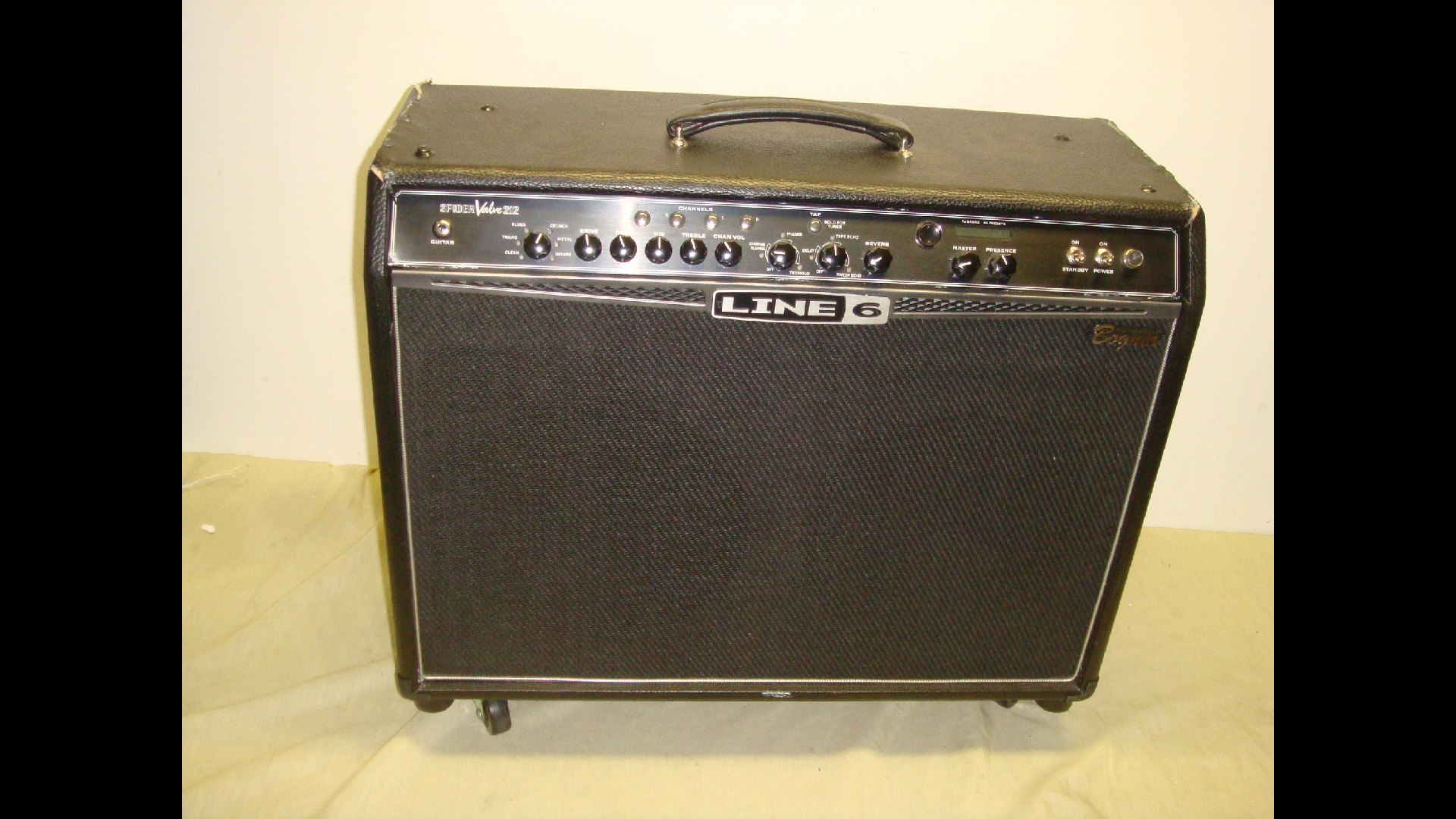 line 6 bogner spider valve 212 40w guitar combo amp amplifier read ebay. Black Bedroom Furniture Sets. Home Design Ideas