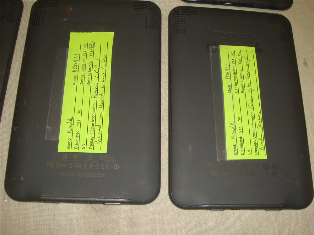 Details about LOT OF 10 DAMAGED AMAZON KINDLE D00901 E-READERS FOR  PRTS/REPAIR -READ!