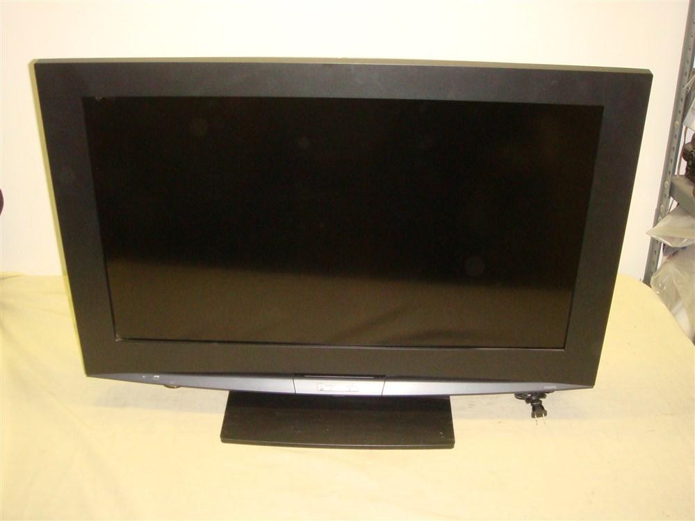 "PANASONIC TH-32LRT12U 32"" COMMERCIAL LCD HDTV FLAT PANEL TV - READ!"